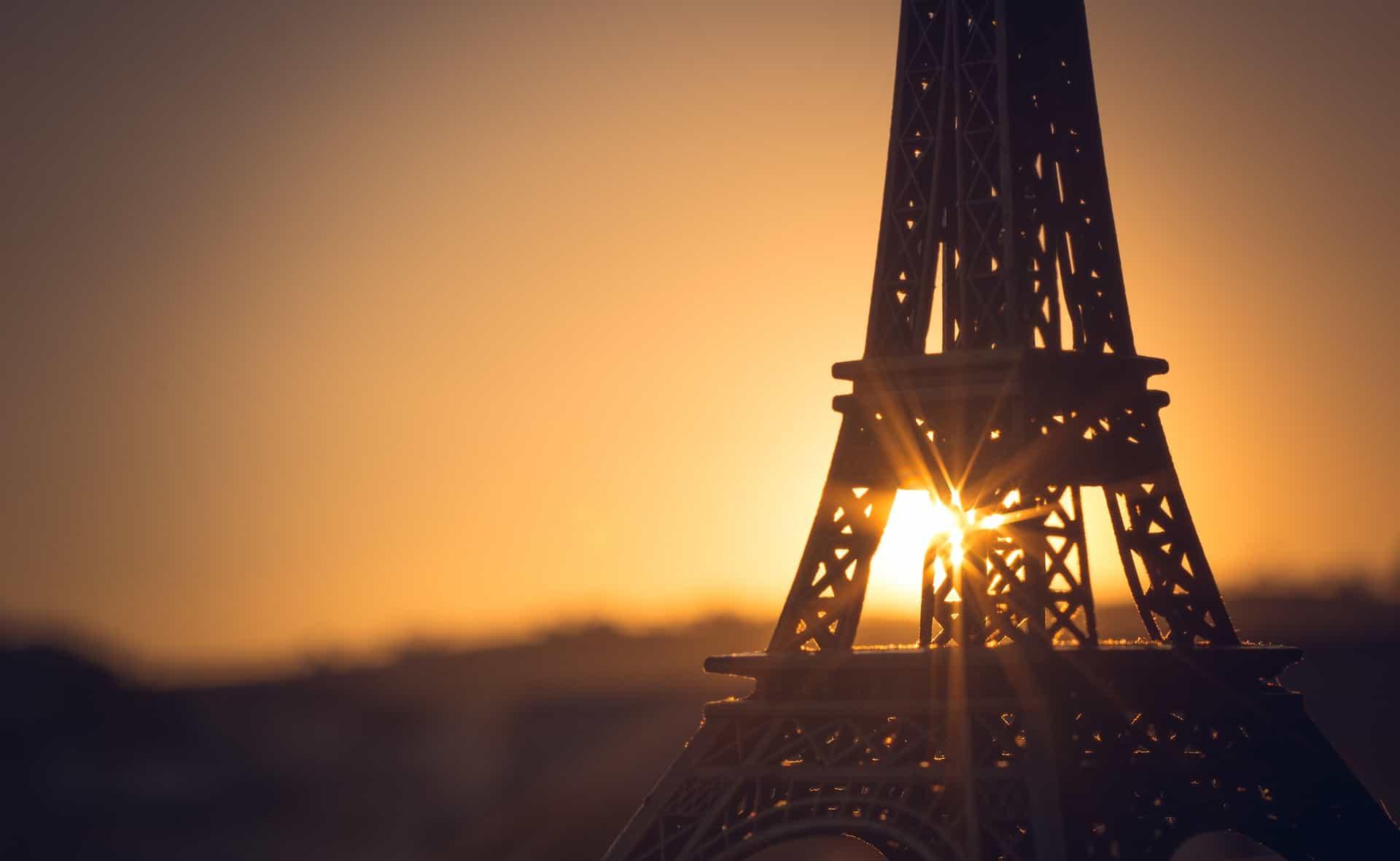 Historia de la Torre Eiffel: La Joya de la corona turística de París